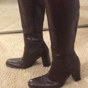 Brown leather lined boots made in Italy.